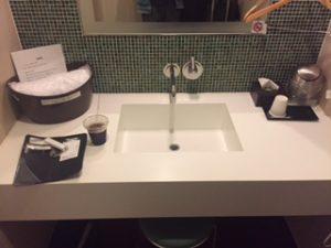 羽田空港シャワールームの洗面台