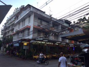 バンコクで有名なタイ料理屋でSUDAレストラン
