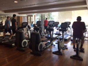 インターコンチネンタルホテルサイゴンのジムの有酸素マシンもなかなか
