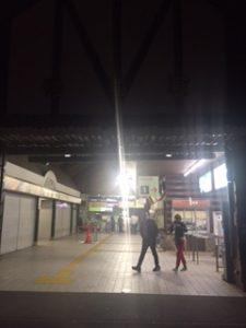 夜の箱根(強羅駅)に到着