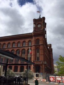 ベルリンにある赤の市庁舎