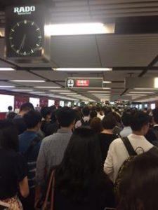 香港の通勤ラッシュ