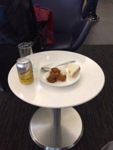 香港空港のユナイテッドクラブのカレーが美味しい