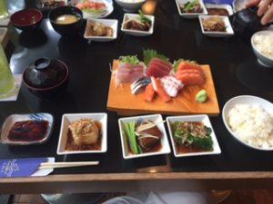 種類が豊富な日本食のランチ