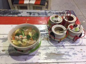 タイ料理のレストランのラーメン