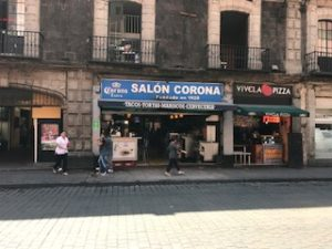 メキシコシティのタコスのお店
