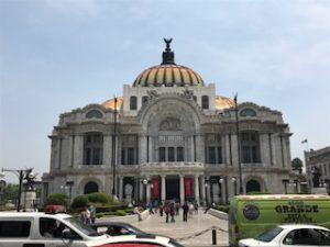綺麗なベジャス・アルデス宮殿