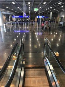 フランクフルト空港の入国審査場