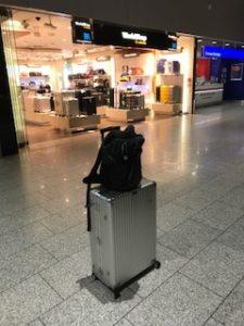 ルフトハンザのワールドショップでリモワのスーツケースを購入