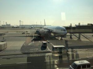 羽田空港に到着したB777-300