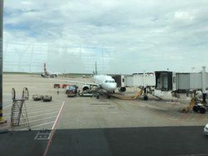 浦東空港に停まっている春秋航空の機体