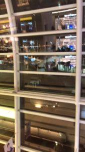 羽田空港に停まっているANAのB8