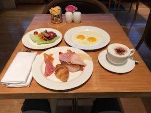 グランドハイアットのクラブラウンジで朝食