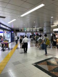 お盆の成田空港