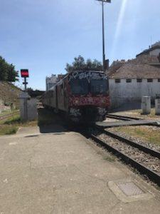 帰りのボロボロの電車