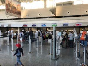 フランクフルト空港のANAチェックインカウンター