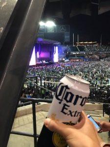 ビール飲んでテンション上げる!