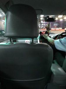 バンコクのタクシー車内