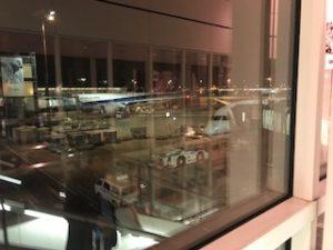 羽田空港のANAのB787