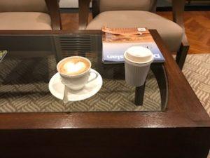 コーヒーに加えカプチーノも