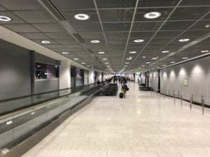 妙に広いフランクフルト空港