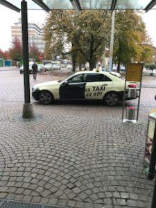 ドイツのタクシーはベンツ