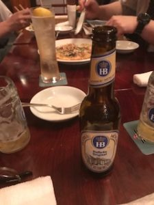 HBのマークのホフブロイハウスのビール