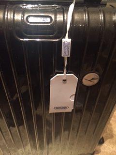 フランクフルトでリモアのスーツケースの買い物しました。