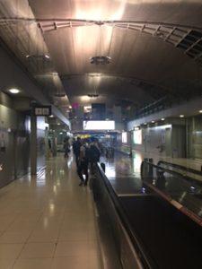 バンコクのスワンナプーム国際空港に到着