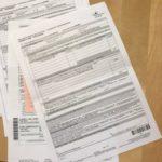 香港の保険商品書類