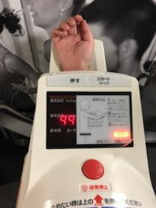 HeloLXを血圧計で実際に調整