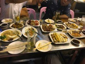 ミャンマー料理で大宴会