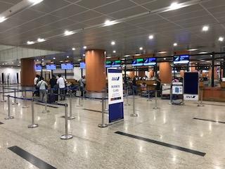 ヤンゴン国際空港ANAのチェックインカウンター