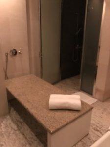 バスルームには・・・。