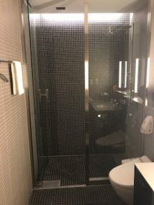 ANAラウンジのシャワー