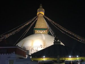 カトマンズで最大のステューパ(仏塔)