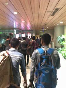 ムンバイ空港の入口