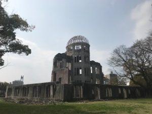 原爆ドーム裏側