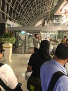 バンコクの空港にて搭乗時