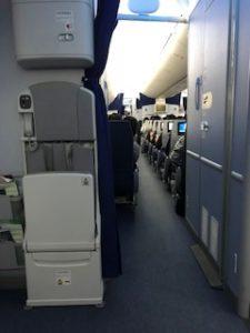 B787の機内EXIT LOW
