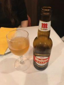 先生の頼んだスペインビール