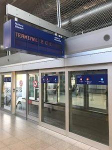 フランクフルト空港の電車
