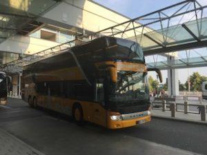 AIRの2階建てバス