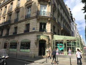 パリの洋菓子の有名店