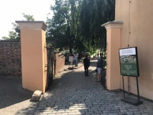 プラハ城の奥への道