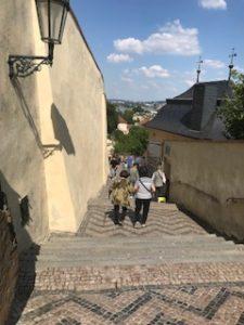 プラハ城帰り道