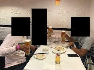 男3人でロンドンの中華街で飲みまくり