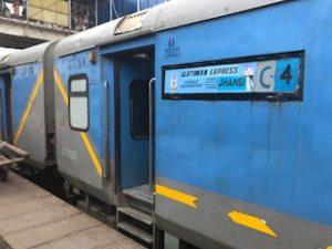 インドの列車の表示