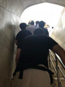 タージマハルに入る階段