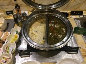 デリー空港のラウンジ内インド料理2